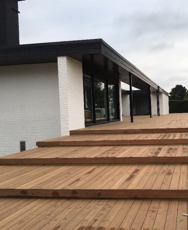 terrasse bois exotique afrormosia terrasse bois exotique bois construction am nagement amiens. Black Bedroom Furniture Sets. Home Design Ideas