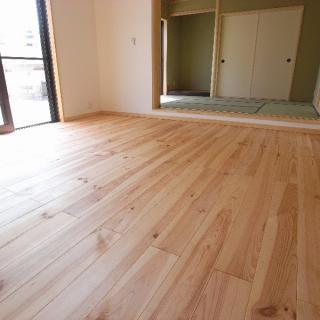 parquet massif pin des landes choix sans n ud parquet massif bois construction am nagement. Black Bedroom Furniture Sets. Home Design Ideas