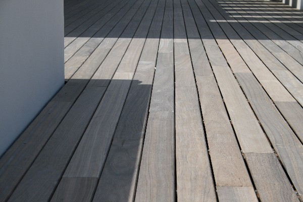 Terrasse bois exotique padouk terrasse bois exotique - Terrasse bois padouk ...